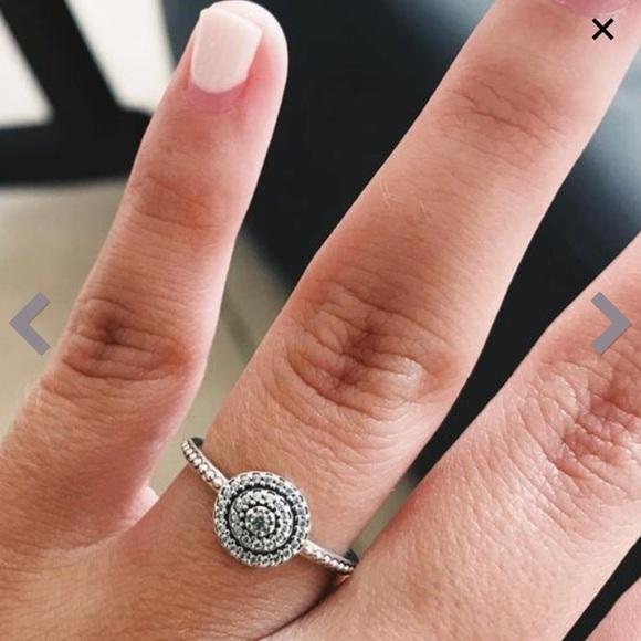 cb4a446522571 PANDORA Radiant Elegance Ring, Clear CZ SIZE 7